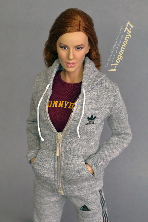 1 6 scale Phicen female figure doll in custom grey tracksuit and Sunnydale T-shirt inspired by Buffy the Vampire Slayer 23.jpg