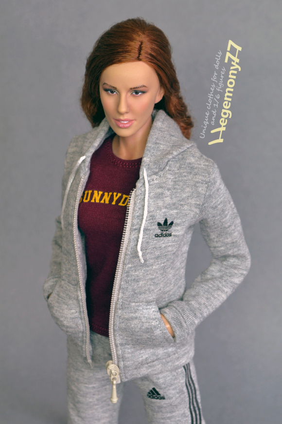 1 6 scale custom female Buffy the Vampire Slayer inspired tracksuit and Sunnydale T shirt on Phicen figure doll.jpg