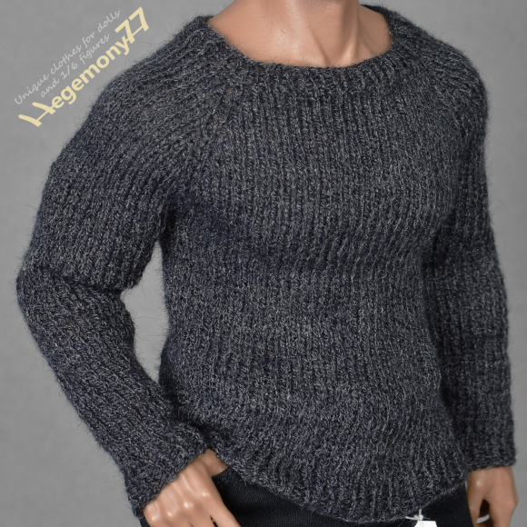1 6th scale XXL hand knitted sweater on Hot Toys TTM 20 advanced muscular collectible movable action figure.jpg