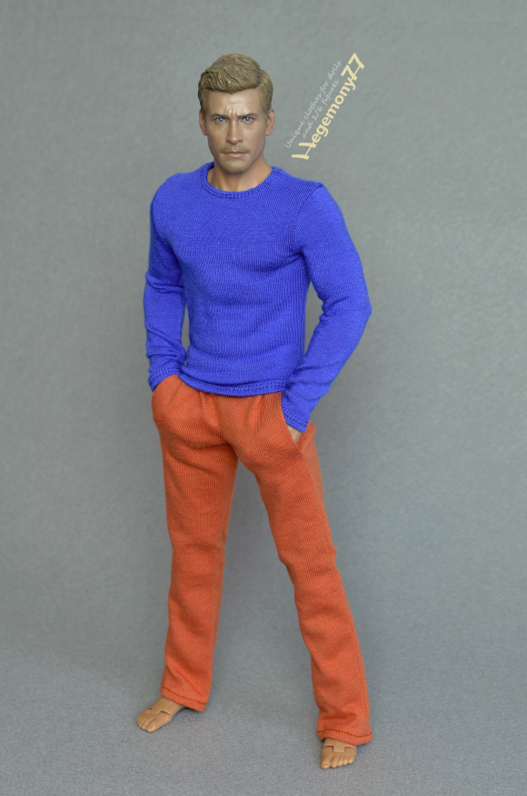 1 6th scale sweatpants tracksuit bottoms and blue long sleeve T-shirt on Hot Toys TTM 19 collcetible 12 inch action figure.JPG