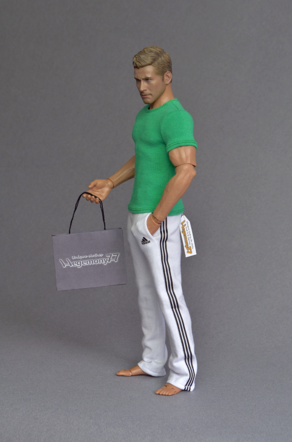 1 6th scale white sweatpants tracksuit bottoms and green T shirt on Hot Toys TTM19 collectible action figure.JPG